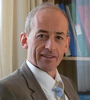 Dr Donn Breannan
